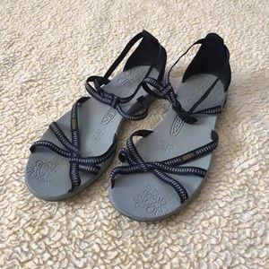 Keen Lightweight Sandals (10)